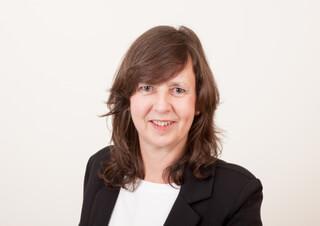 Portrait der Moderatorin Annett-Katrin Wohlgemuth